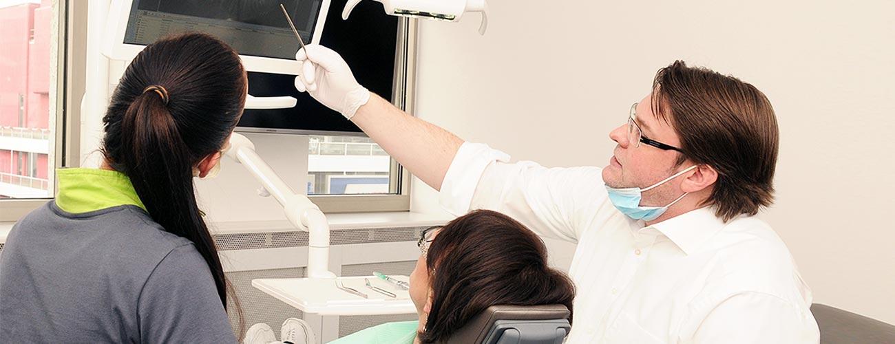 experten-aufklaerung-implantologie-zahnarzt-berlin