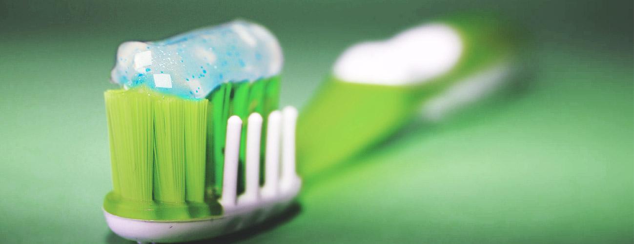 prophylaxe-implantologie-zahnarzt-berlin