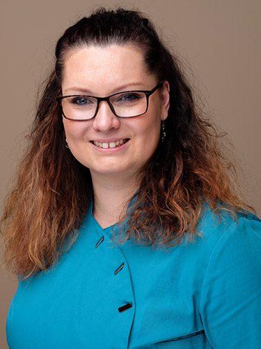 Pamela Ladewig ist Zahnmedizinische Prophylaxeassistentin bei den Zahnärzten im Schloss Berlin Steglitz.